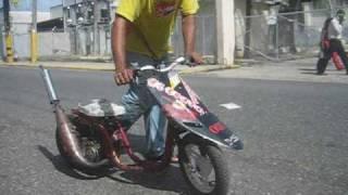 getlinkyoutube.com-kiko lima racing en la 80 scooter racing