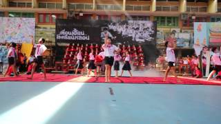 getlinkyoutube.com-คณะสีประวาลพฤกษ์ 2014 - เพื่อนเฮี้ยน...โรงเรียนหลอน (Concept)