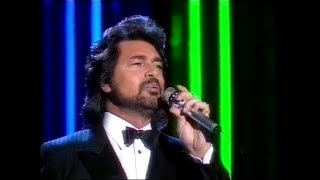 getlinkyoutube.com-Engelbert Humperdinck - Please release me - 1989