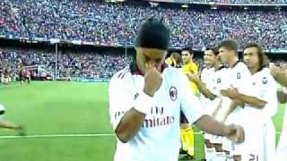 getlinkyoutube.com-FC Barcelona Vs AC Milan - Ronaldinho Return of the King - 25/08/10