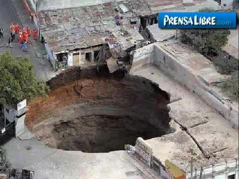 Temor en Ciudad Nueva por enorme agujero
