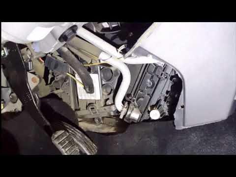 Замена радиатора отопителя Renault Megane 2