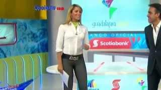 getlinkyoutube.com-Ines Sainz Pantalón Gris Ajustado Camel Toe