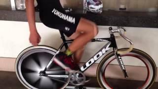 getlinkyoutube.com-三本ローラー 手放し 自転車ペダリングの極意 キレイなペダリング