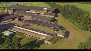 Ruim 100 ha grashakselen en oprapen bij VOF van Heerikhuize in Lunteren