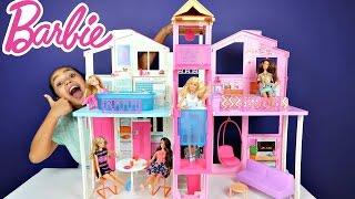 getlinkyoutube.com-Barbie 3 Storey Townhouse - 4 Barbie Fashionistas Dolls - Unboxing Kids Toy Review