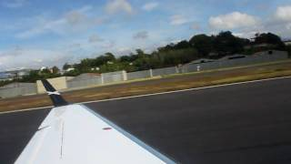 getlinkyoutube.com-Embraer Phenom 300 Takeoff at Guatemala MGGT - Pax view