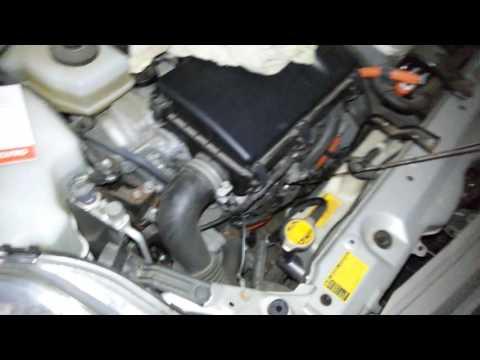 Проверка уровня масла Toyota Prius 20 масло Moly Green для гибридных двигателей