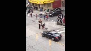 getlinkyoutube.com-Street Fight on Brighton Beach in Brooklyn, New York