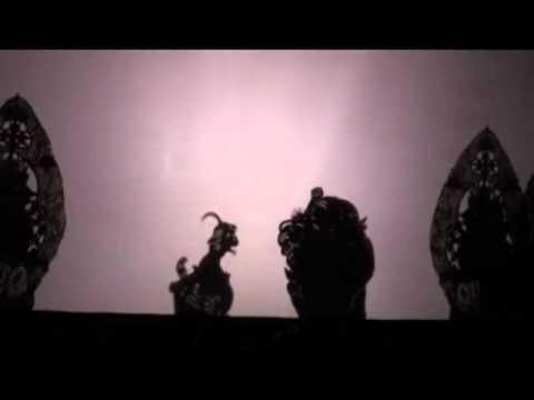 Film Pagelaran Seni Budaya Wayang Cenk Blonk Bali 2011