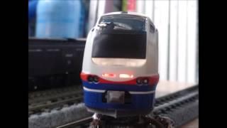 getlinkyoutube.com-E653系1100番台しらゆき4両開封!
