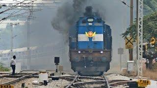 getlinkyoutube.com-The ANGRY Train - Vivek Express ERUPTS : Indian Railways