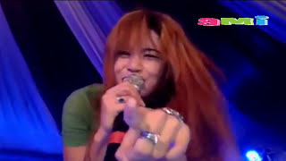 DANGDUT HOT 2016 Novi Ananda Nungging Keliatan CD nya