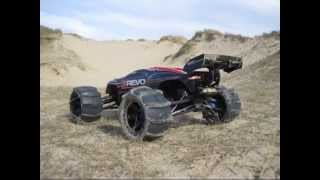 getlinkyoutube.com-traxxas e revo 6s pneu sable/neige (tire sand / paddles snow)