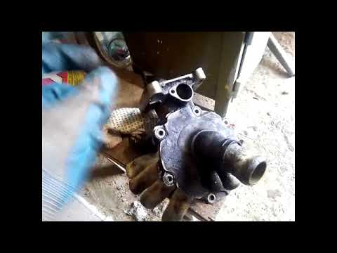 Замена водяного насоса  форд мондео 3 с двиглом 2 0 TDDI