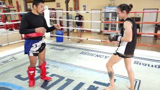 Pornsanae Sitmonchai - Muay Thai Switch and Hop Over Low Kick | Muay Thai Library