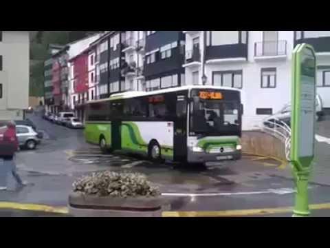حدث في اليابان - موقف الباص