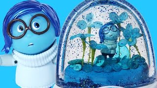 getlinkyoutube.com-INSIDE OUT GLITTER GLOBES SADNESS Disney Toys Character Blue World How to Make Your Own
