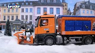 getlinkyoutube.com-Mercedes-Benz Arocs Winterdienst -- 03685 -- BRUDER Spielwaren