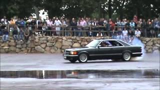 getlinkyoutube.com-Mercedes 560 SEC en el IV Encontro de coches clásicos, históricos e Deportivos de Culleredo