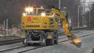 getlinkyoutube.com-Liebherr 922 rail with great skills operator