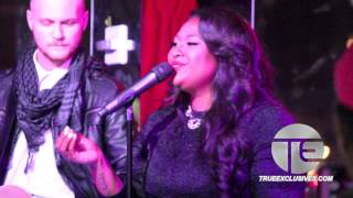 "getlinkyoutube.com-Jazmine Sullivan's Emotional Performance ""Forever Don't Last"" ASCAP Honors"
