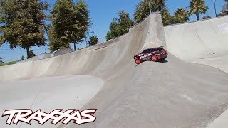 getlinkyoutube.com-Traxxas Rally Shreds SoCal Skate Park