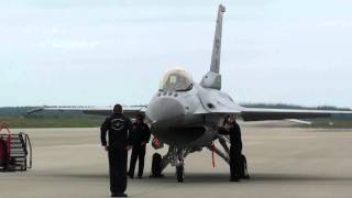 getlinkyoutube.com-Must see: F-16 engine start & pre-flight