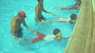 getlinkyoutube.com-معسكر تعليم السباحة - الرابطة الاسلامية ام الغنم