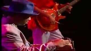 getlinkyoutube.com-SANTANA - Trinity feat Robert Randolph  (Live in New York 2005)