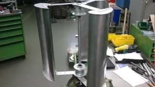getlinkyoutube.com-50cm mini vawt mit C Rotor und 2 Nabendynamos - Windrad zum Laptop laden
