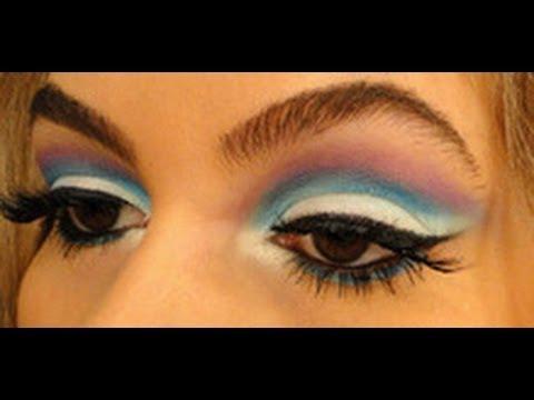 Maquiagem azul, roxa e branca por Alice Salazar