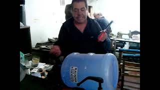 getlinkyoutube.com-Como confeccionar filtro caseiro para tanque de peixe pequeno.