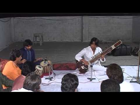 Adnan khan,,, raag yamni  part 1