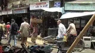 getlinkyoutube.com-Chor Bazaar Mumbai