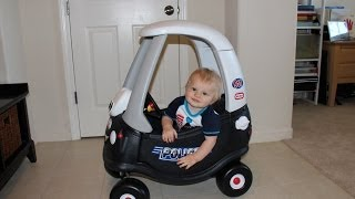 getlinkyoutube.com-Little Tikes Cozy Coupe Patrol Police Car for Baby's First Birthday