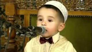 getlinkyoutube.com-Abdul Rahman Farah Algerian smaller Hafiz of the Holy Quran in the world