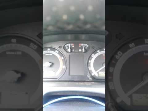 Где у Skoda Octavia A5 находится датчик охлаждающей жидкости