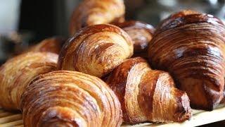 getlinkyoutube.com-Toutes les astuces pour faire des croissants au beurre dans les règles de l'art !