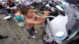 getlinkyoutube.com-''Paranaguá Motos 2015'' Parte #1 Piazinho Cortando Giro S1000rr