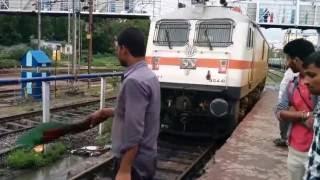 getlinkyoutube.com-WAP 7 Locomotive coupling with Charminar SF Express