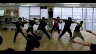getlinkyoutube.com-ZE:A (aka Child of Empire) - Dance/Sing FIRE (2NE1)