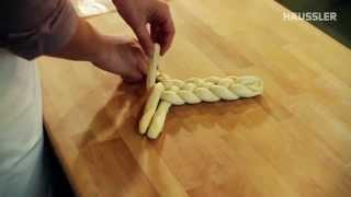 Zubereitung und Flechten eines Hefezopf