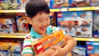 getlinkyoutube.com-NC백화점 장난감 완구 코너에서 레고 정품 장난감을 구입하는 아이