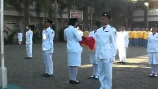 getlinkyoutube.com-Pengibaran Bendera HUT RI 68