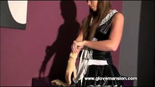 getlinkyoutube.com-Asian maid fitting rubber gloves
