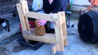 getlinkyoutube.com-BRIQUETTE PRESS
