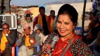 getlinkyoutube.com-Meri bassai ki niru khadka lai kasle keta dekhauna liyara  aaya?
