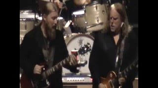 "getlinkyoutube.com-Tedeschi Trucks Band ""Keep On Growing"" @ WarrenHaynesXmasJam 2015"