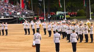 getlinkyoutube.com-The Household Division's Beating Retreat 2015 03